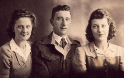Winnie, Thompson and May Fairbrother